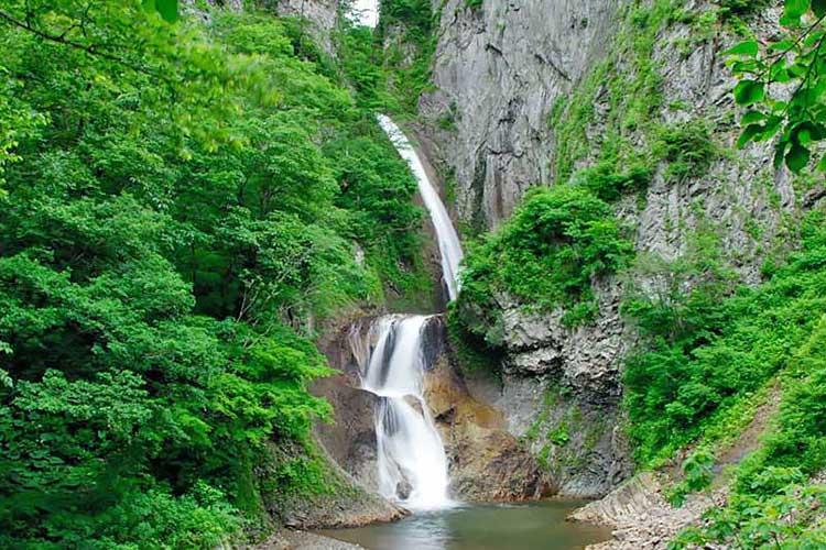 北東北山岳ガイド協会 松見の滝 ガイドツアー